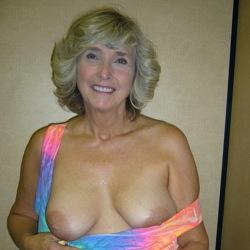кто может фото порно женщины с большим влагалищем кажется это совсем точно
